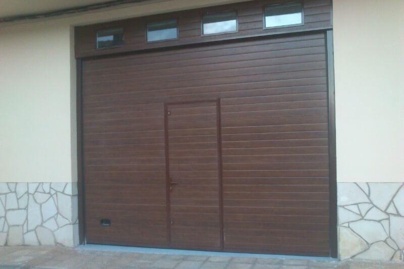Presupuesto puertas residenciales puertas arriazu - Puertas automaticas garaje precios ...