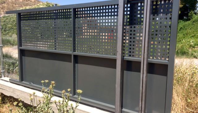 Puertas industriales correderas puertas arriazu - Puertas para fincas ...